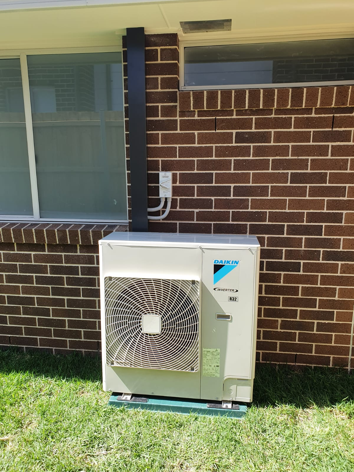 A split system air conditioner