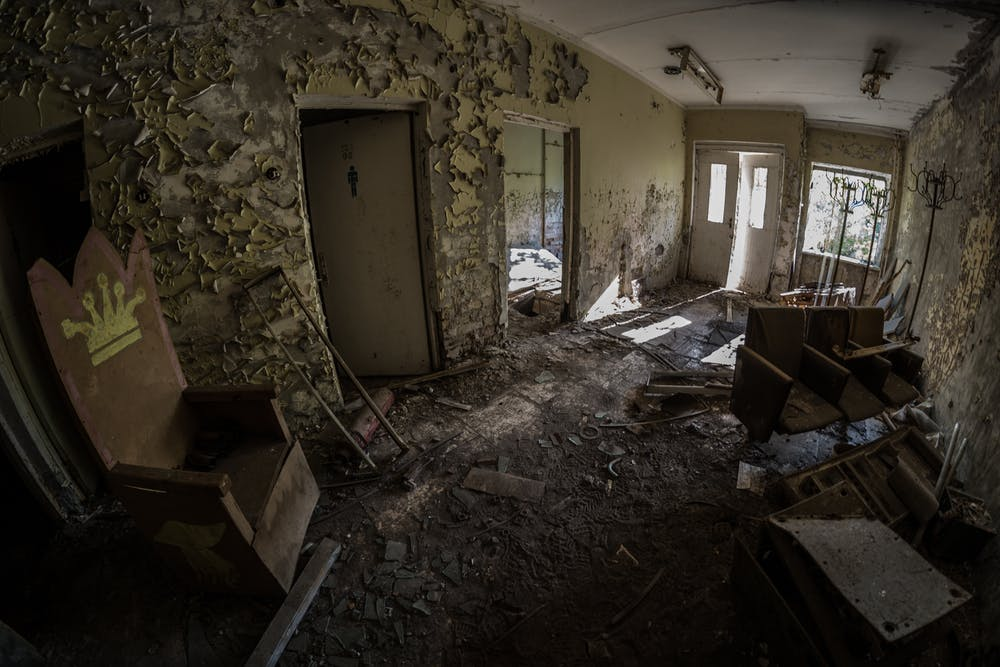 Landlord Responsibilities For Cracked Or Broken Sanitary Fixtures