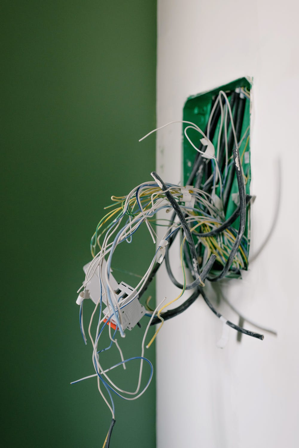 Should Landlords Be Held Responsible For Faulty Electrics?