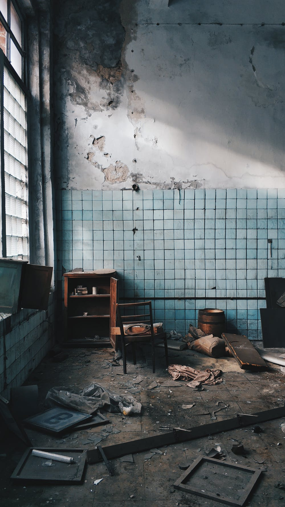 Tips On How To Deal With Damaged Wall Plaster In Your Home