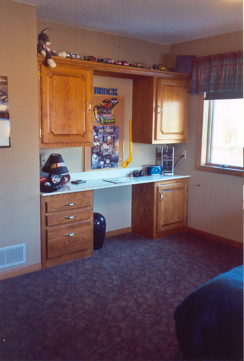 New accessible desk in Brock's room.