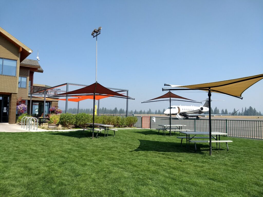 Have a picnic at the Truckee Tahoe Airport