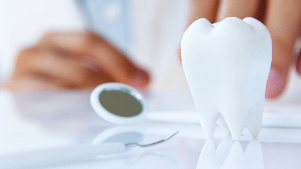 Facebook ads for dental leads tooth
