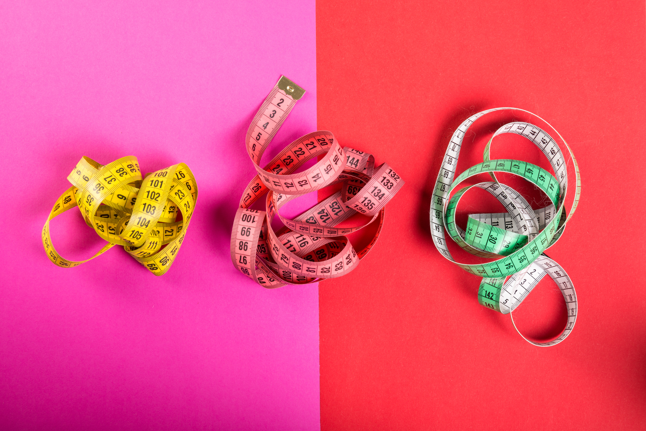 multicolored measuring tapes