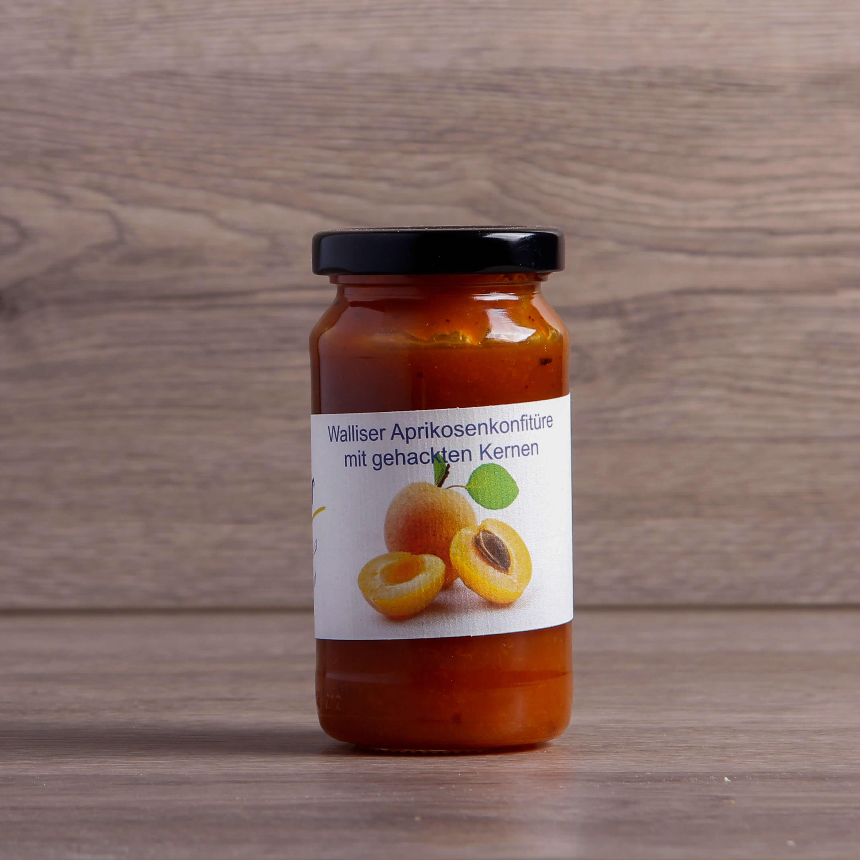 Aprikosenkonfitüre mit Kernen