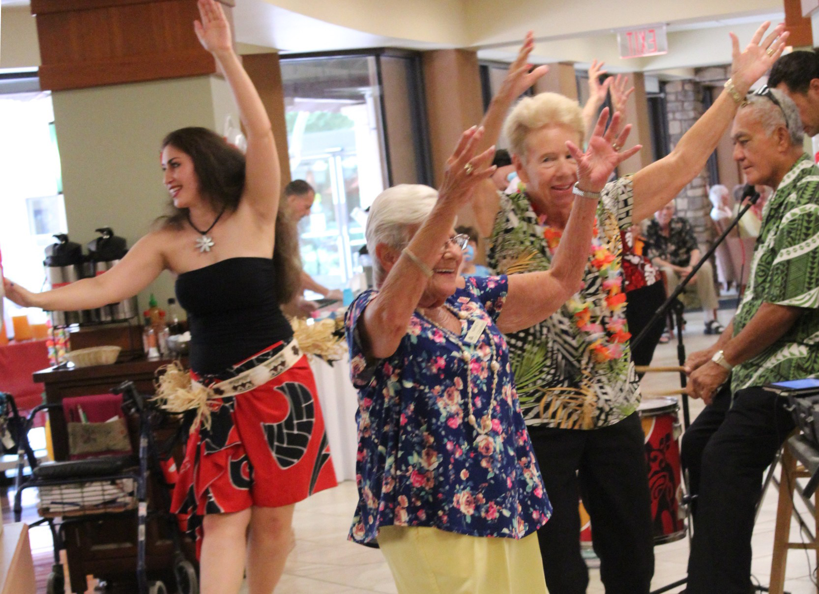 Royal Oaks Arizona residents love to celebrate Hawaii statehood day!