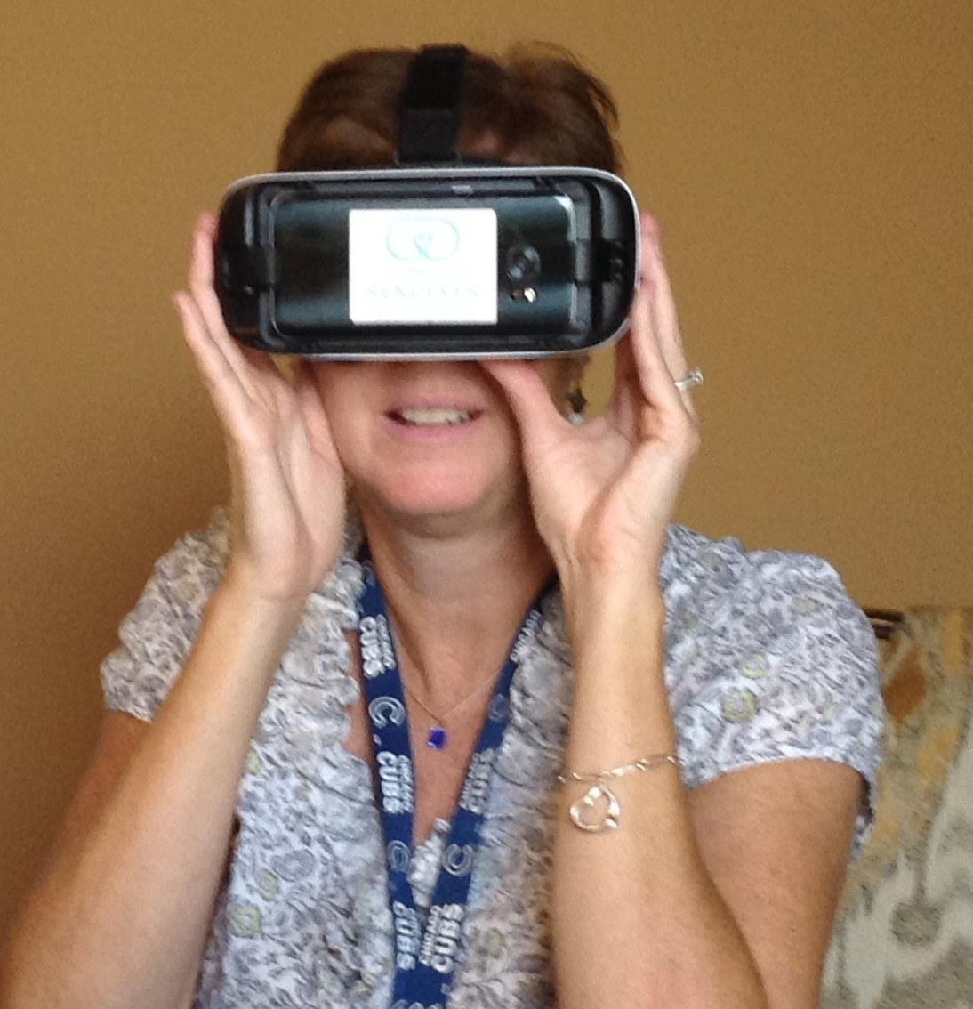 Royal Oaks residents swim with dolphins, travel with elephants, and visit Wrigley Field - through Virtual Reality