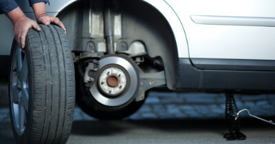 How Long Does an Oil Change and Tire Rotation Take?    CarShtuff