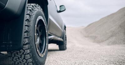 How To Choose Tires For Trucks   CarShtuff