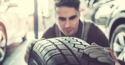 Blizzak WS80 Vs DM-V2 Tires | CarShtuff