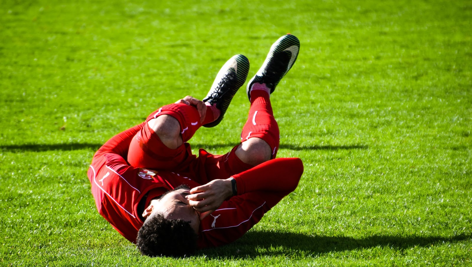 a football player injured before shockwave therapy