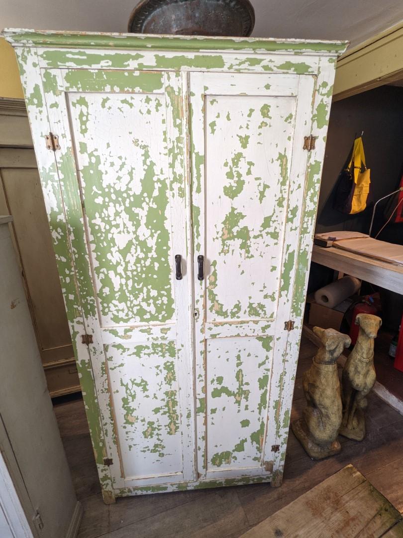 Kitchen cupboard original paint
