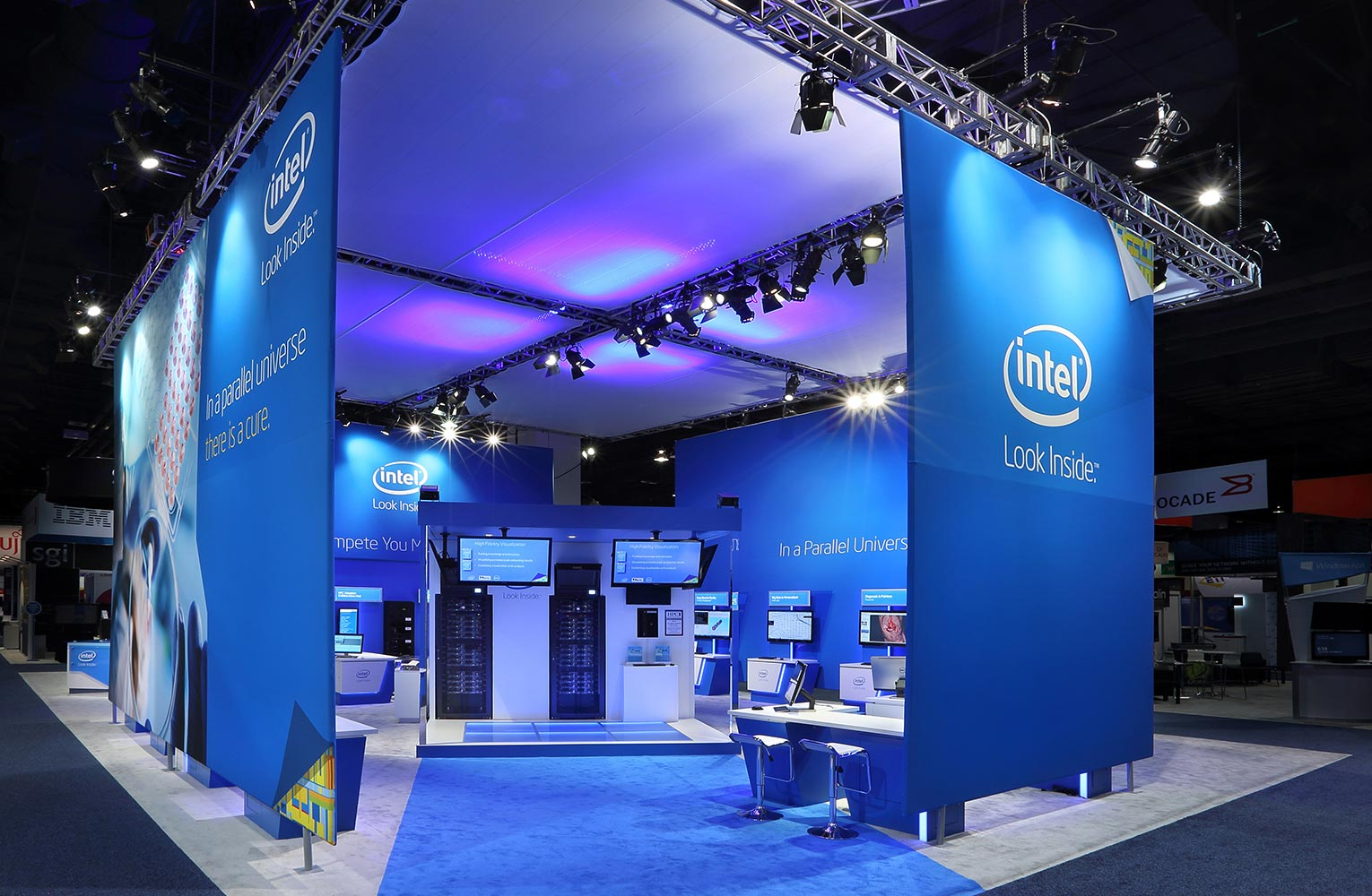 Intel Stand graphics and screen motion graphics