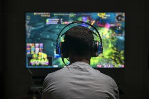 gamer playing MOBA