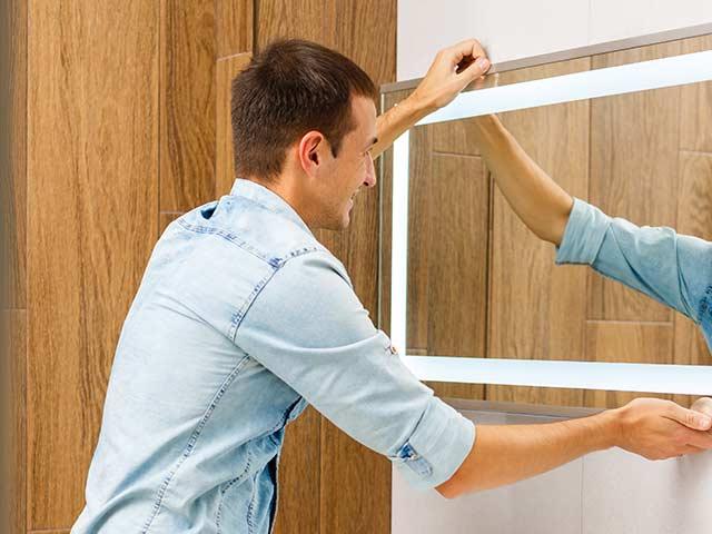 Service d'installation d'armoire de salle de bains