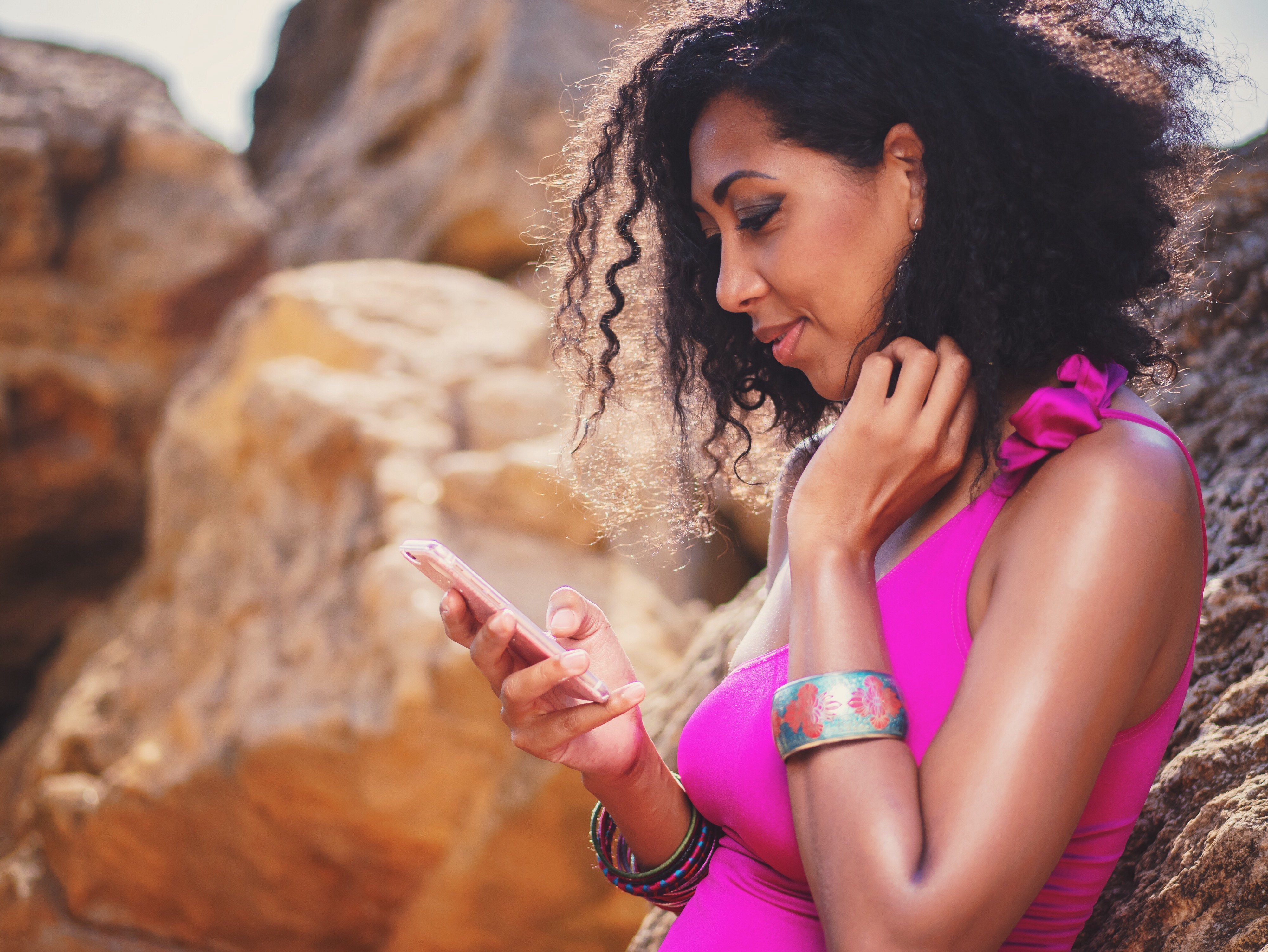 5 Worst Opening Lines on Dating Apps (and how to fix them)