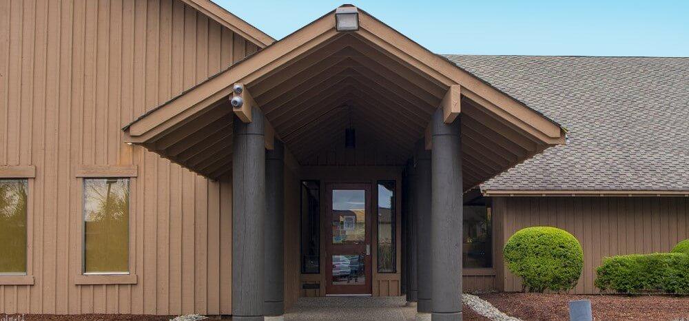 Front entrance of Hixson Dental in Marysville, WA