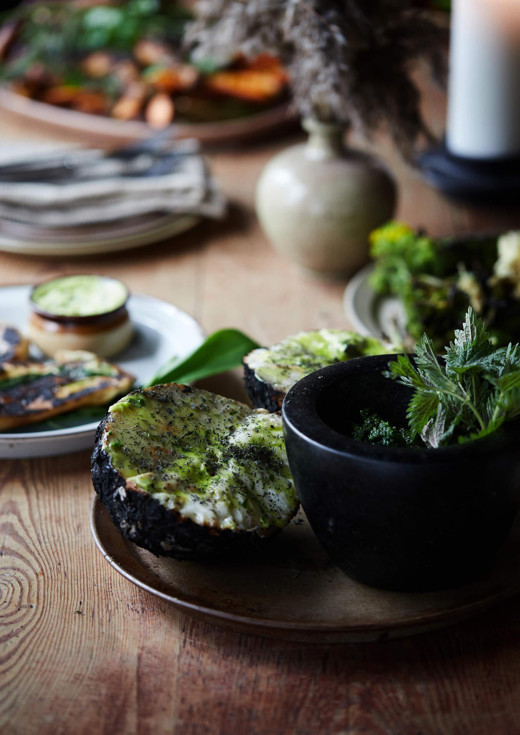 Green dish in Lade 609