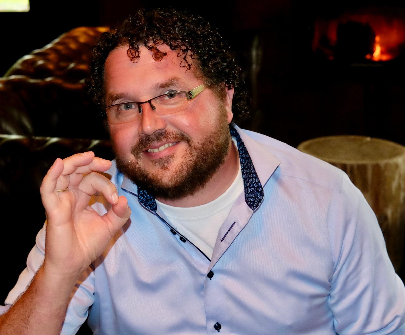 Sjack Roeda is de oprichter van Roeda Gifts in Hoogeveen voor al uw relatie geschenken