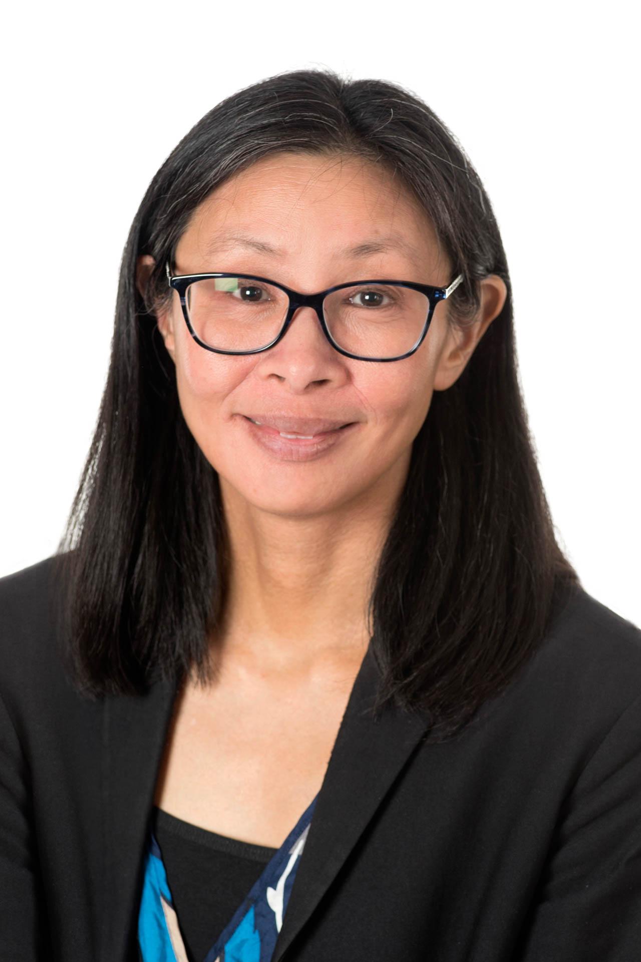 Dr Samantha Loi