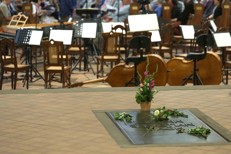 Bach´s grave inside Thomaskirche/Gert Mothes