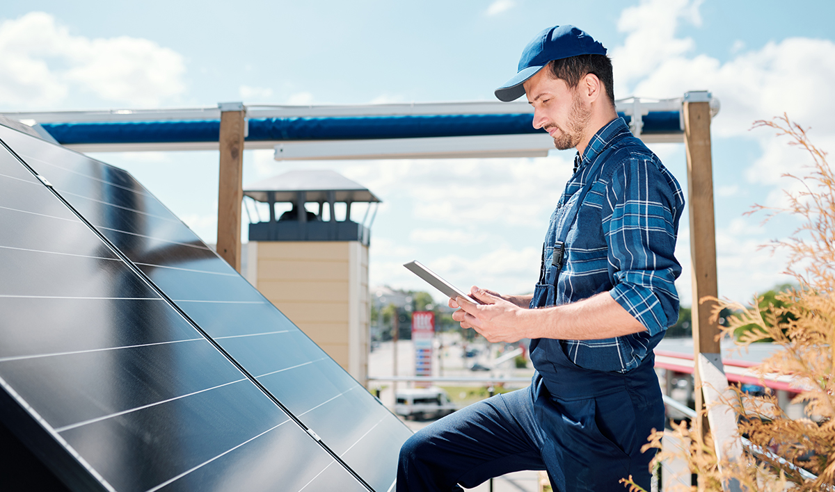 How-Do-I-Find-a-Solar-Contractor.jpg