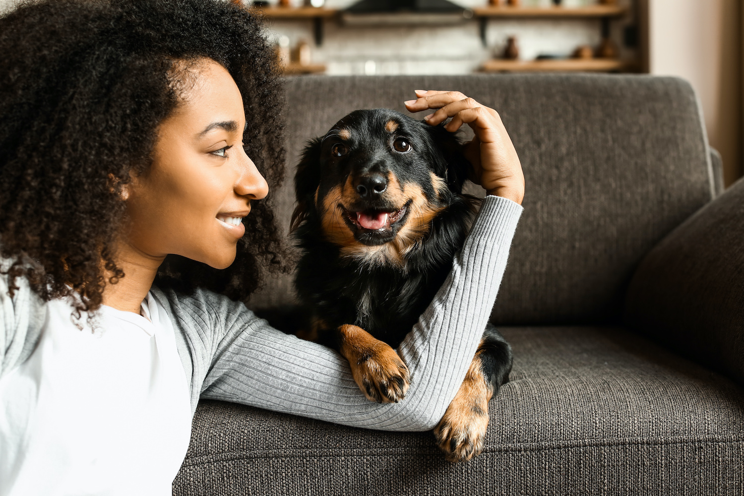 How Can I Tell If I'm Allergic To My Dog? Recognizing The Common Signs