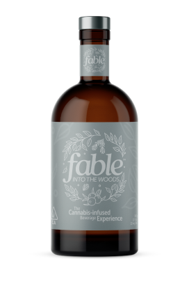 With grounding juniper and white oak, this botanical beverage dares to be different. Hints of rosemary and berries unfold with curious complexity.