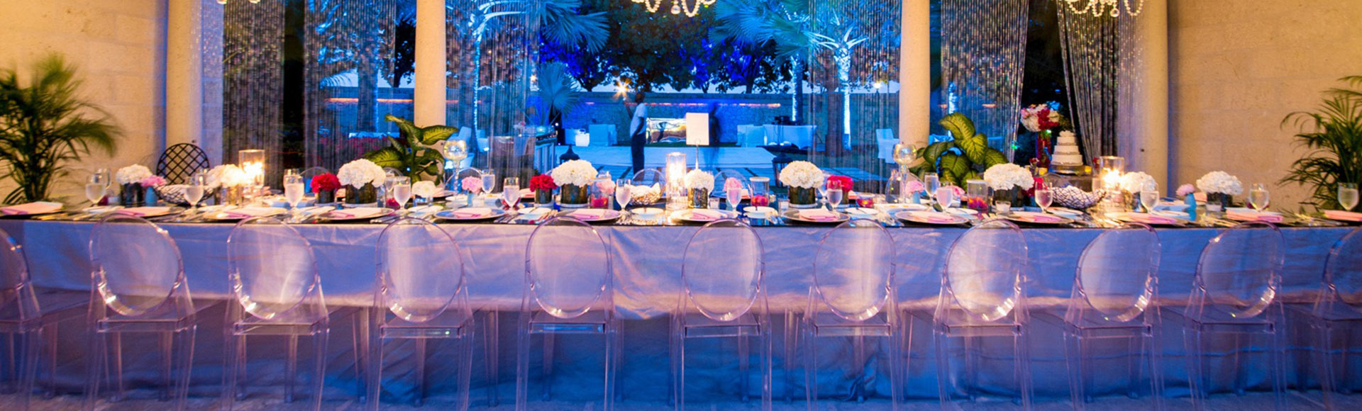 Destination Turks and Caicos weddings come complete with pristine, white beaches & sparkling turquoise waters.