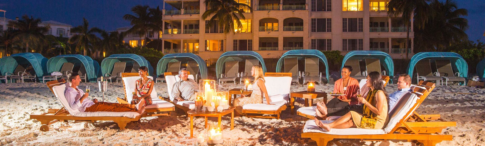 Moonbathing at The Palms is a nighttime experience with mini spa treatments and after-dinner cocktails.