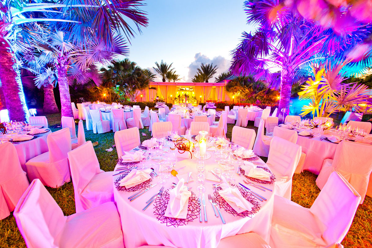 Intimate and luxurious weddings in the Turks and Caicos