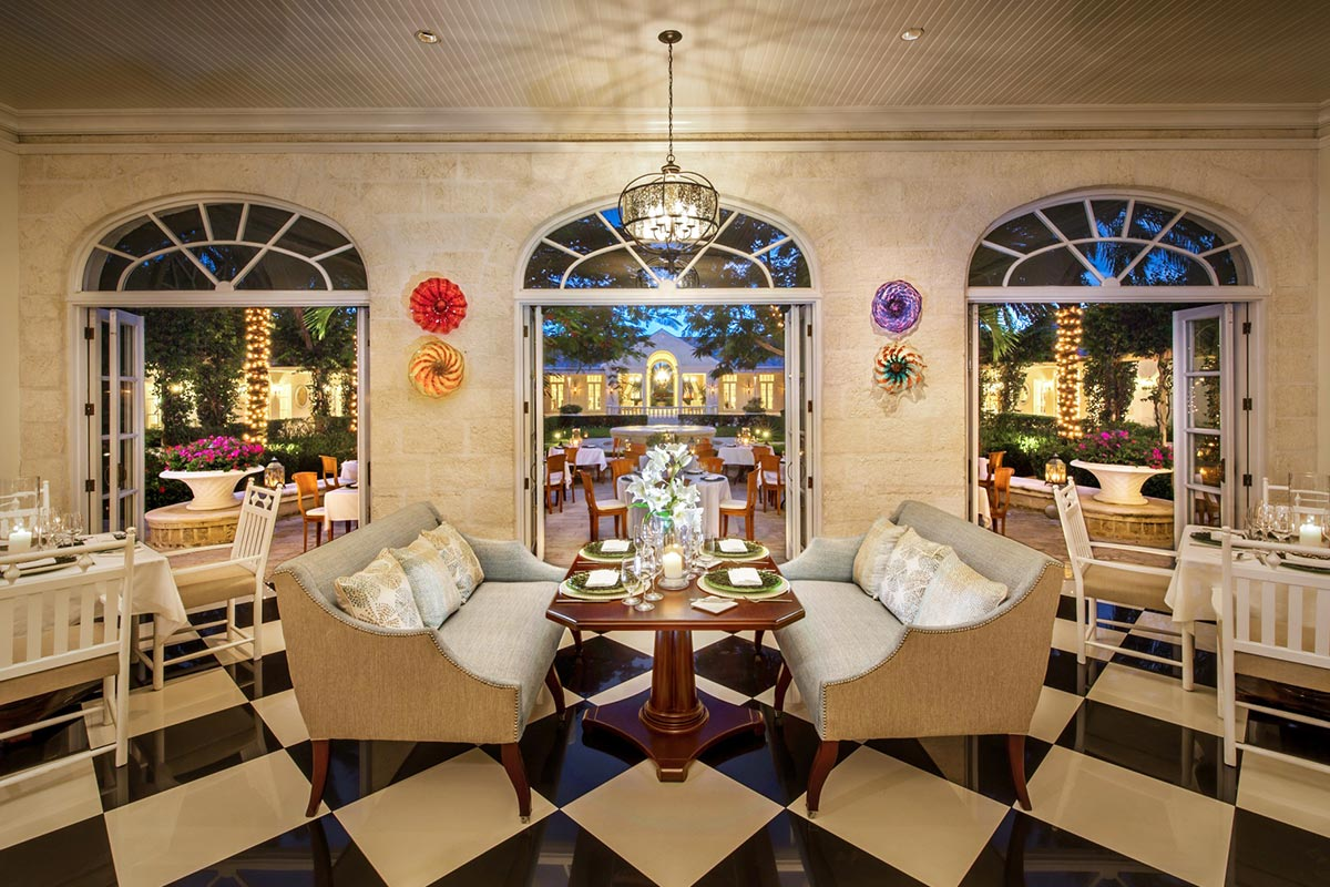Parallel 23 fine dining and cocktails on Providenciales
