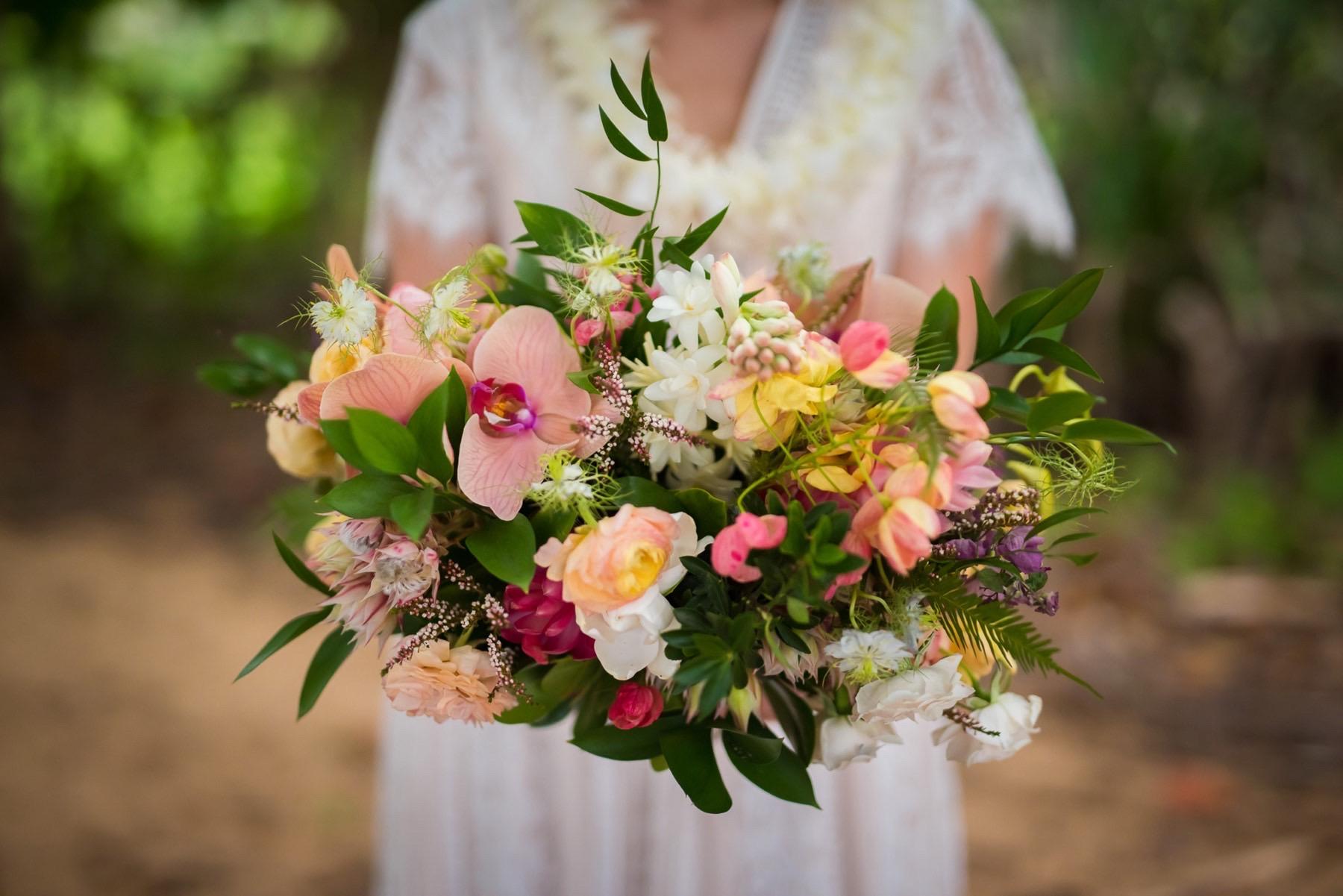 Boho Tropical bouquet.