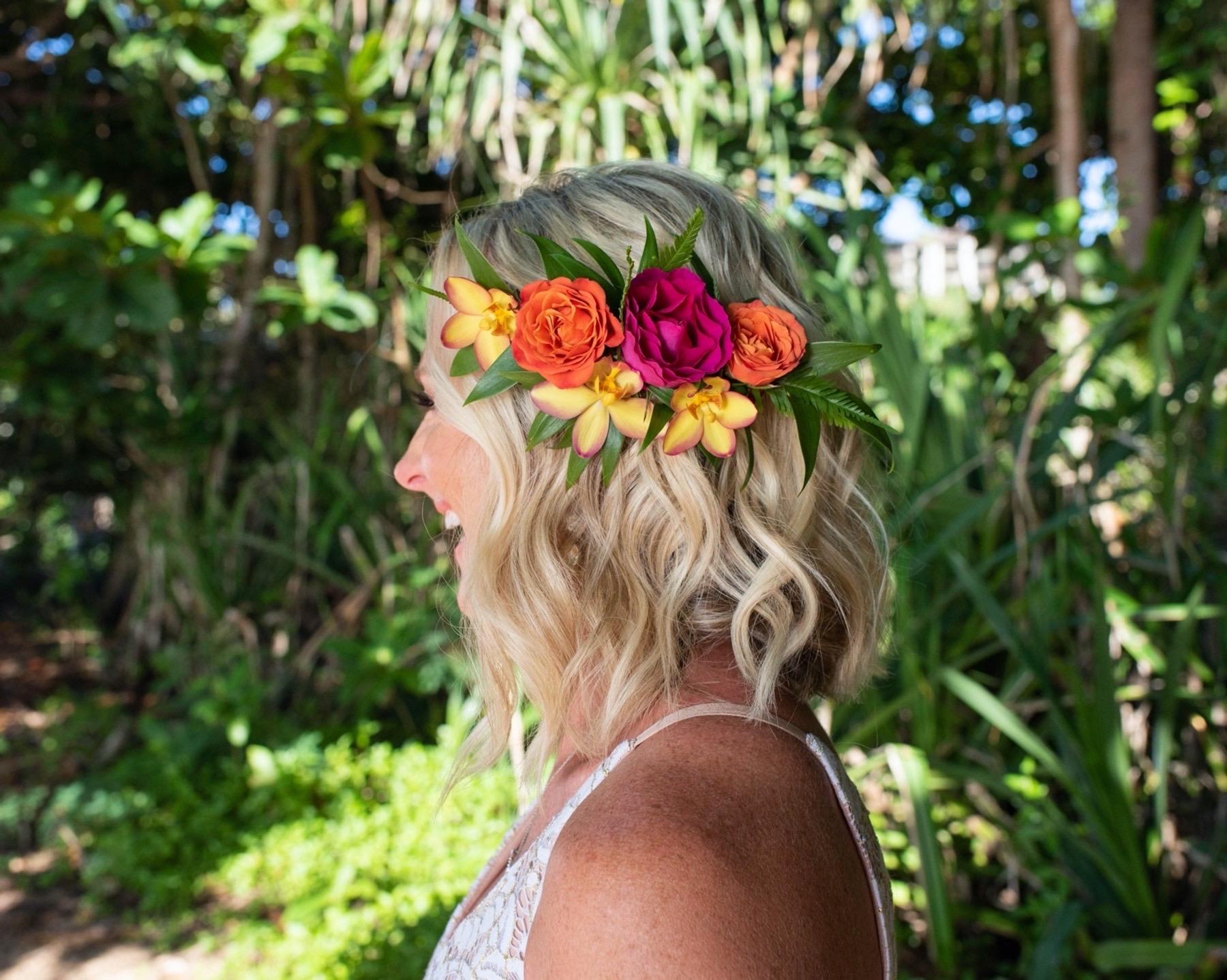 Bridal Hair Clip lei.