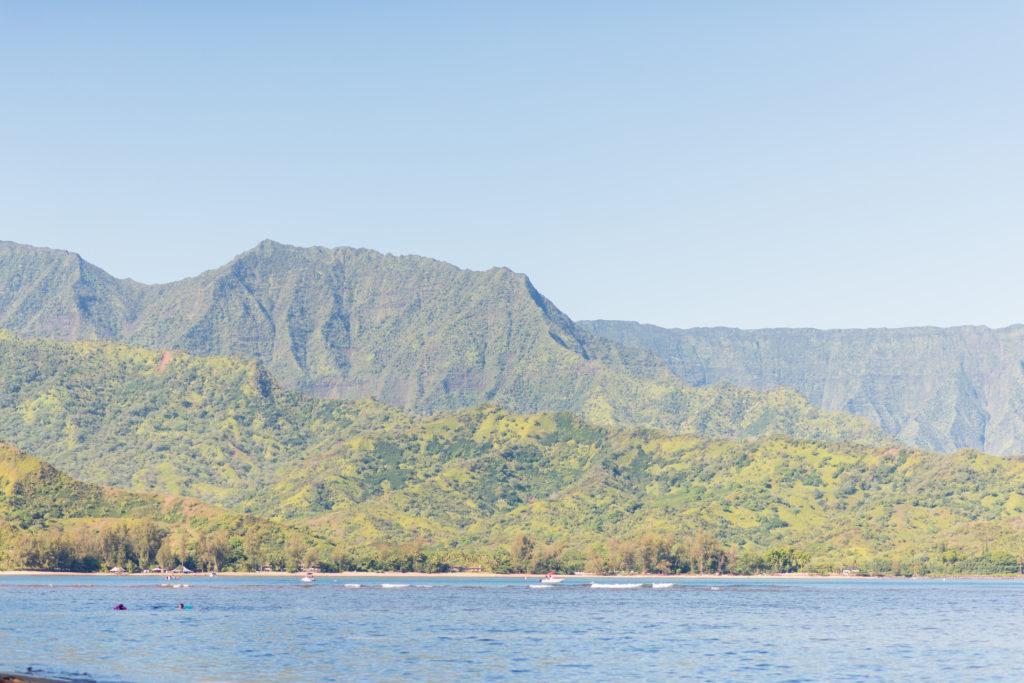 Landscape photo of Hawaiian islands and ocean.