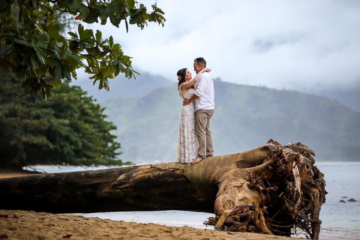 Cristina & James eloping on the beach.