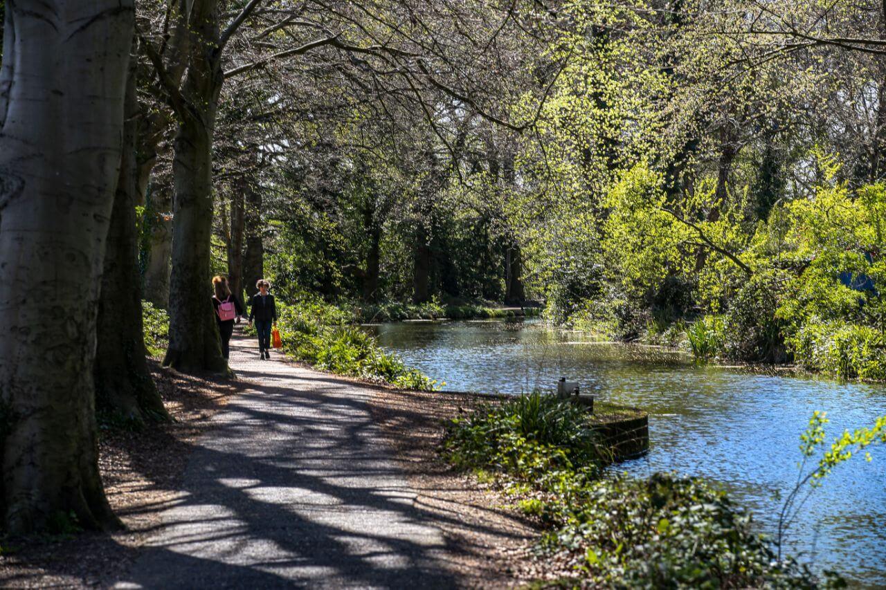 A large central heathland park