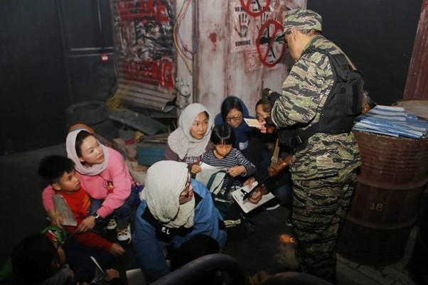 國際十字路會難民逃生記