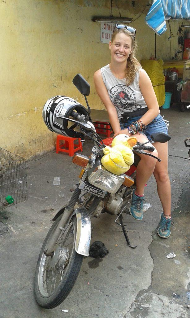 English teacher Georgie earned new skills and experiences teaching in Vietnam