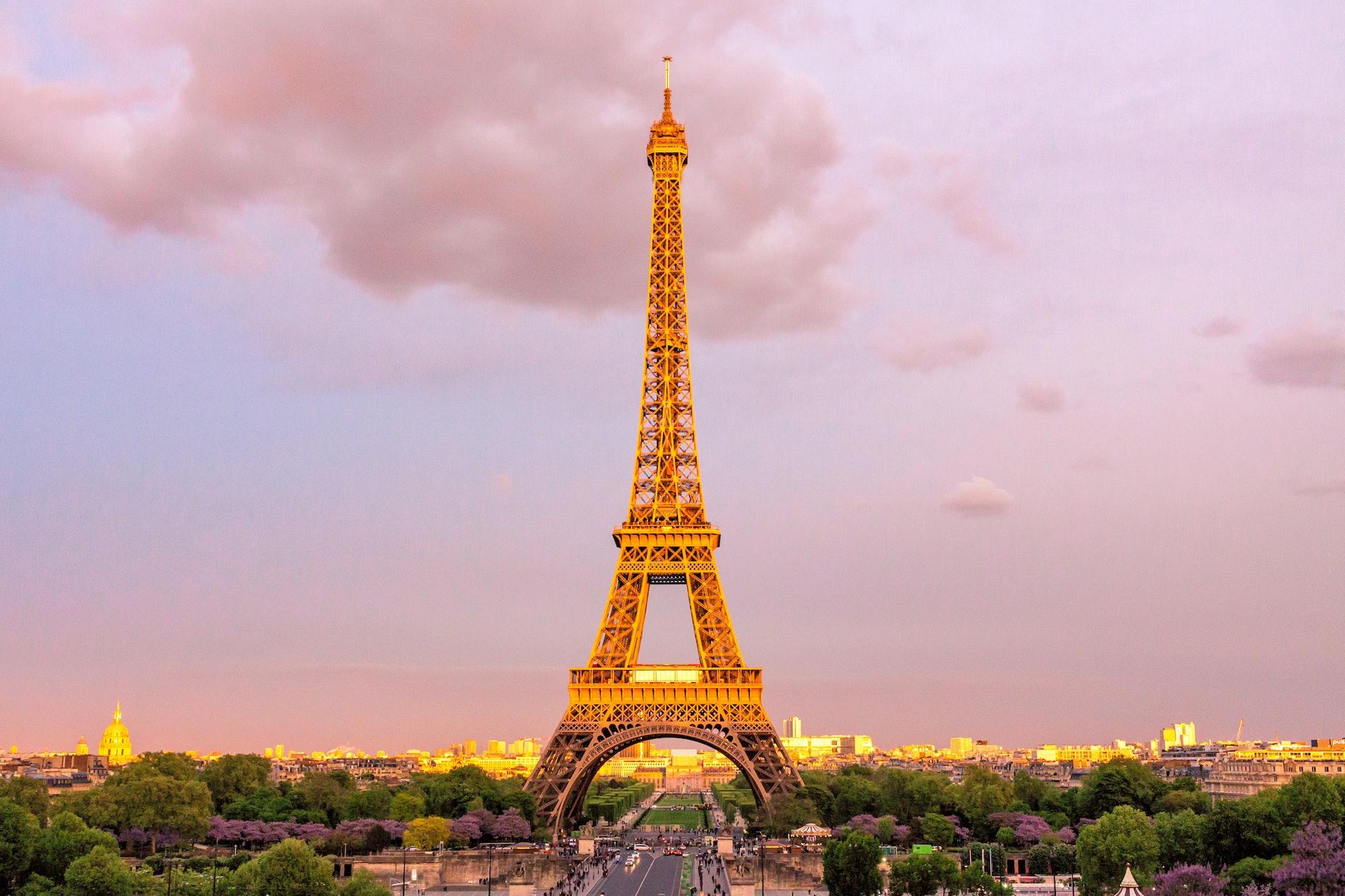"""Eiffel Tower"" as a pronunciation exercise"
