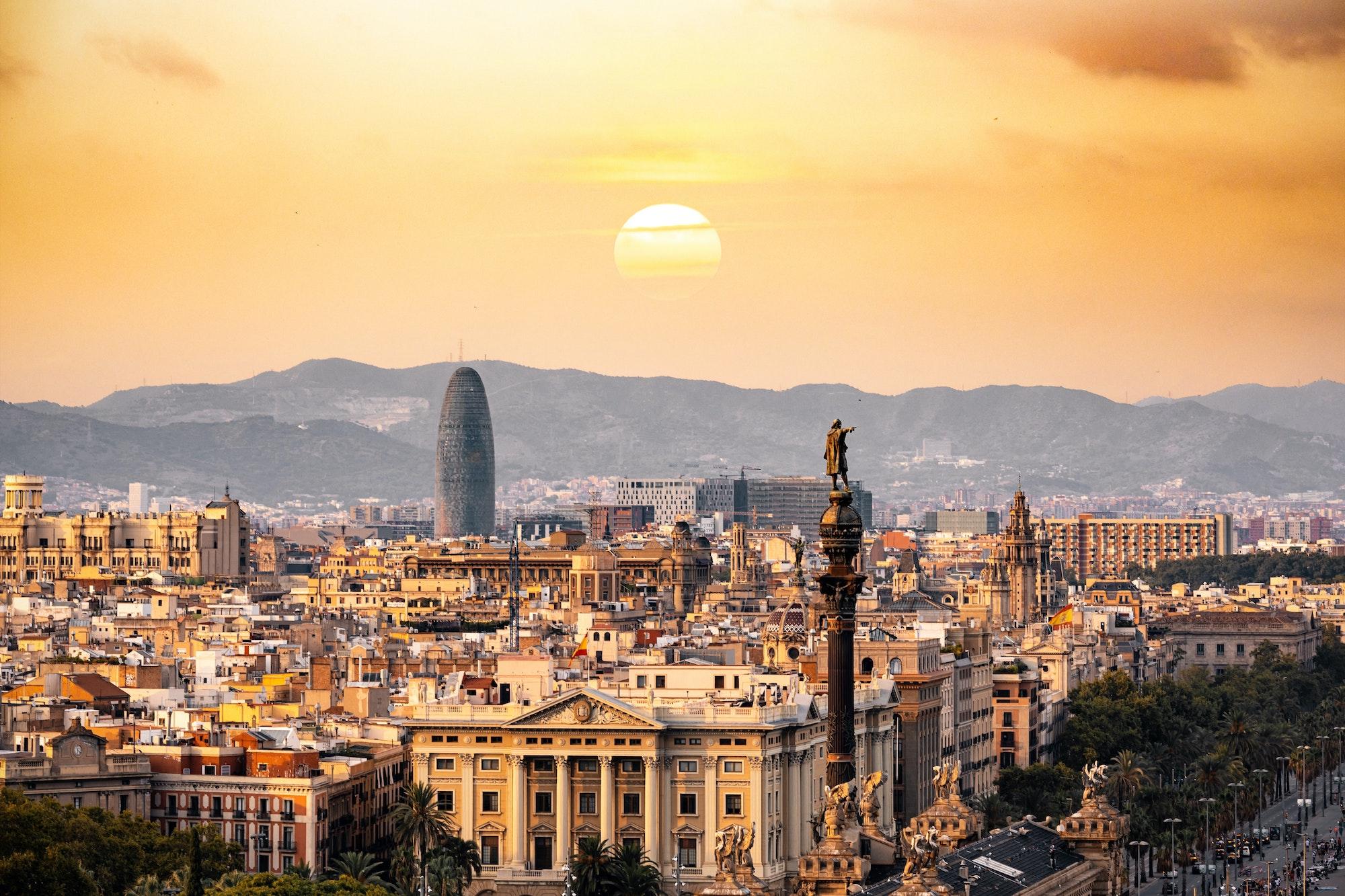 Granada, Spain is the perfect destination to teach English
