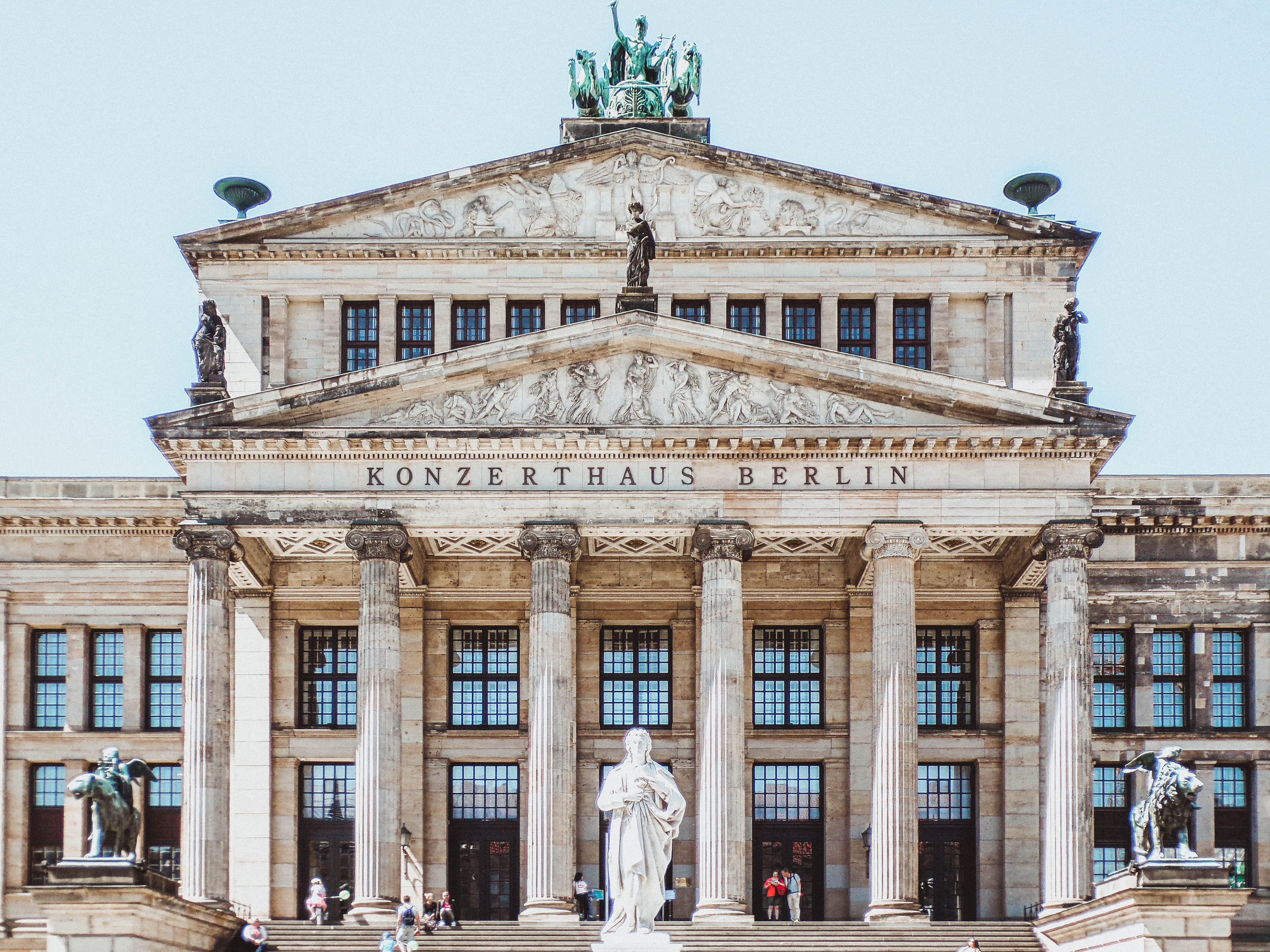 Live as an expat and teach English to students in the beautiful city of Berlin, Germany