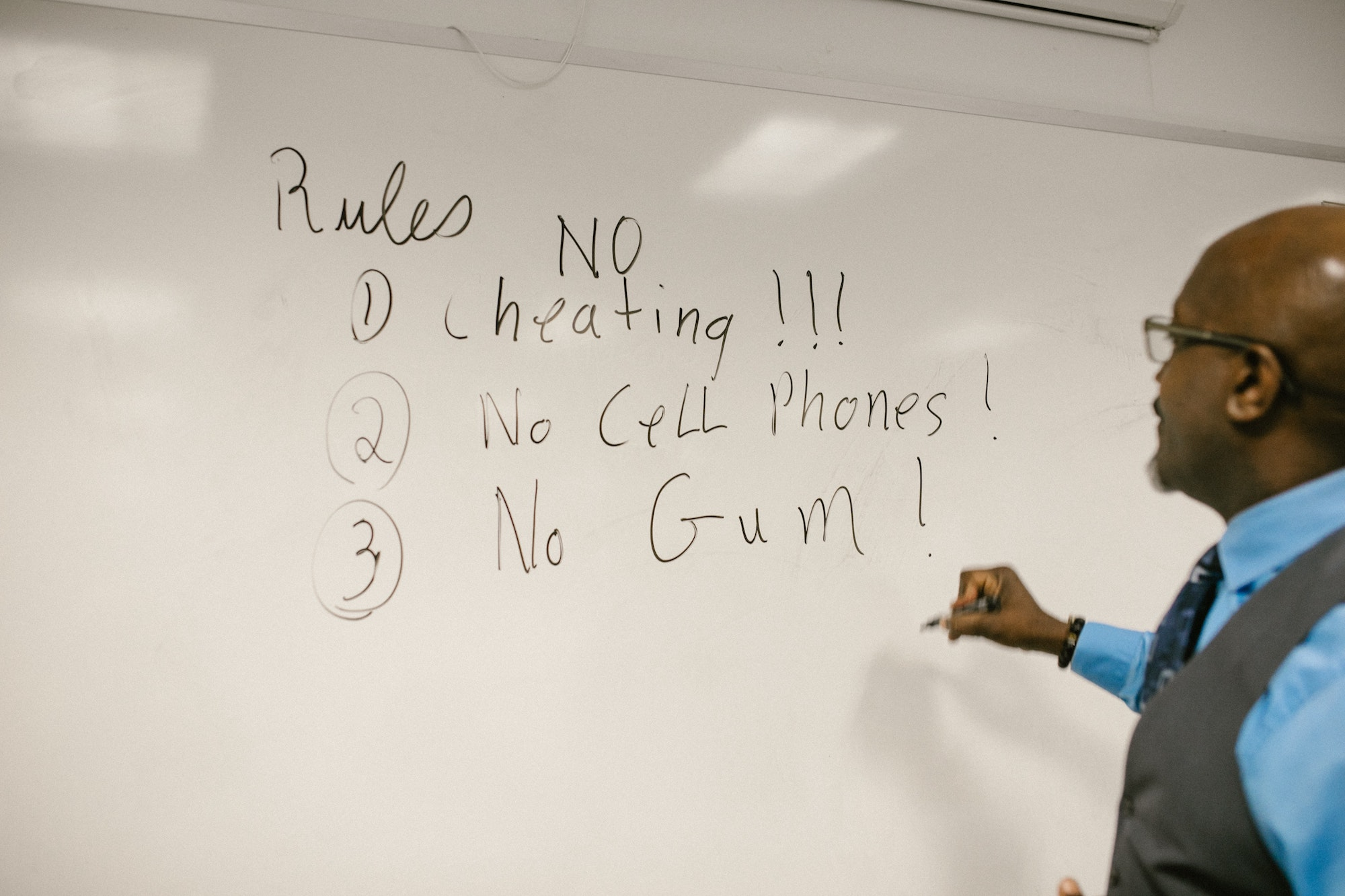 ESL teachers should lay out the necessary ground rules from the start of the class