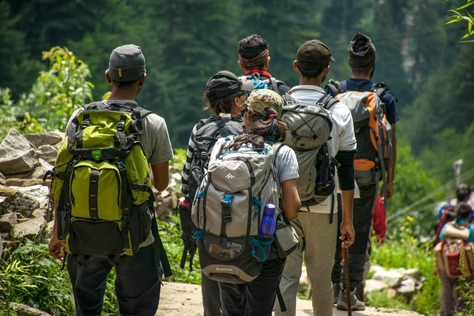 Randonnée en équipe pour découvrir la Haute-Savoie