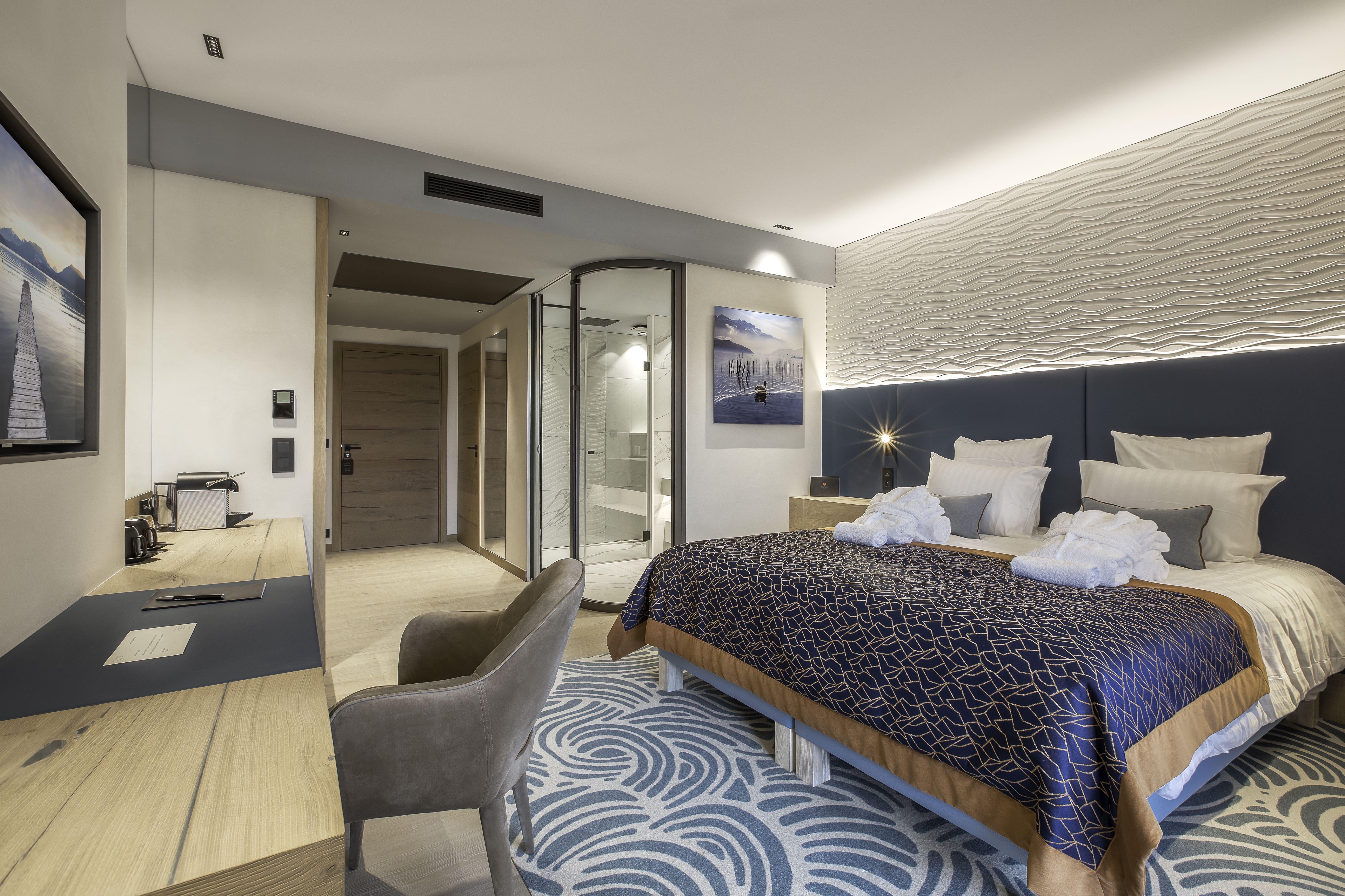 Chambre Hôtel Rivage avec vue sur le lac d'Annecy