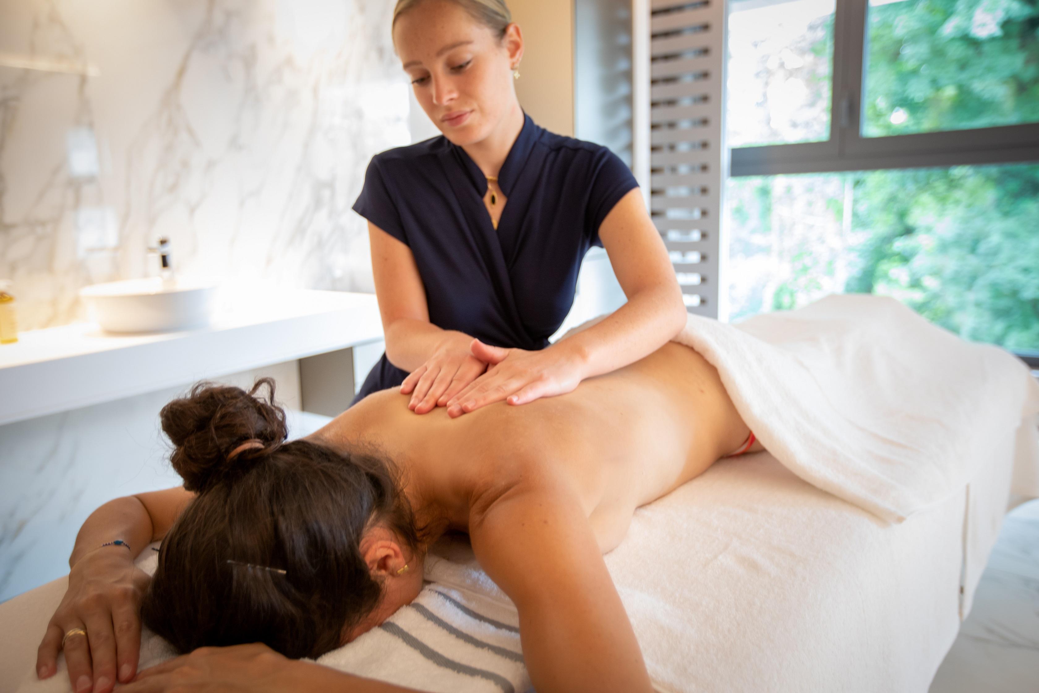 Massage au spa NUXE du Rivage Annecy
