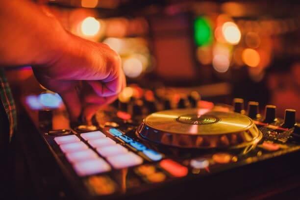 Mobile DJ London