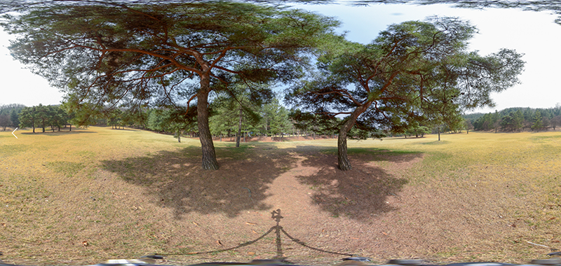 4 photos are combined to get a 360º photo. (Sony A7R II + Samyang 8mm/Fisheye)