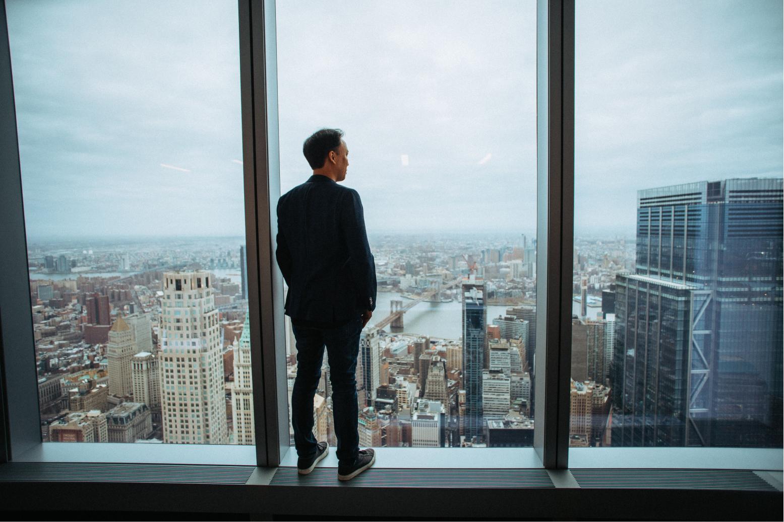 Jim Kwik watching out the window