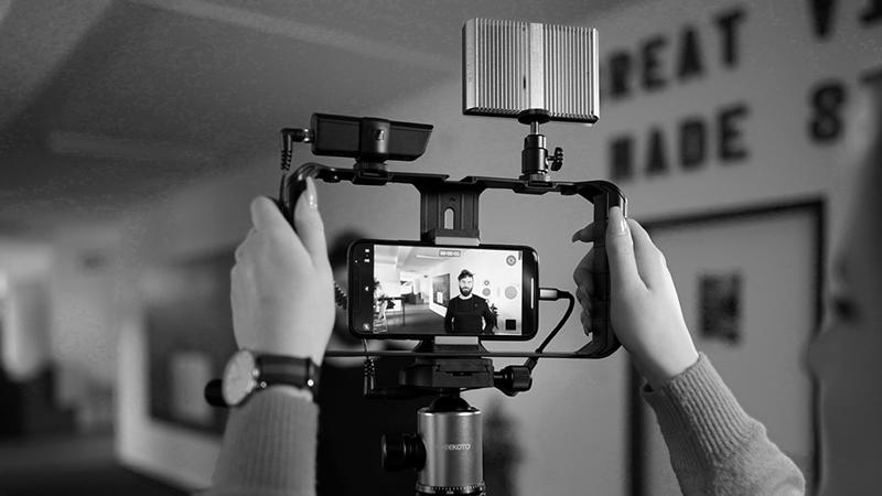 Mit dem passenden Equipment und Drehplan drehen Sie ihr eigenes Video.